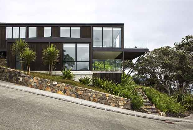 Design & Build NZ | Front side Langs Beach House